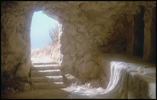 Jesus' Tomb empty2